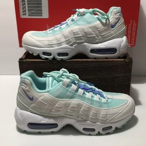 Nike Air Max 95 Teal Tint Womens Shoes Size 7.5 US